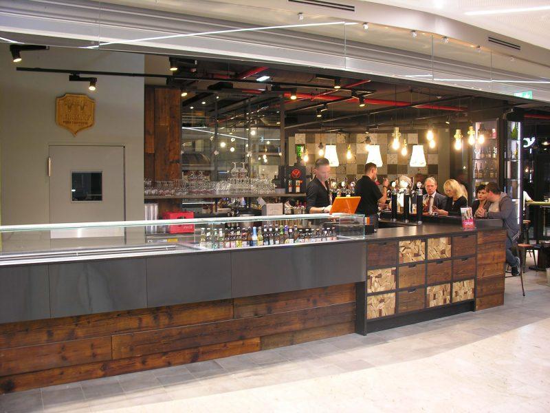 Metalfrigor progettazione arredamento bar ristoranti e for Arredamento per pub e birrerie