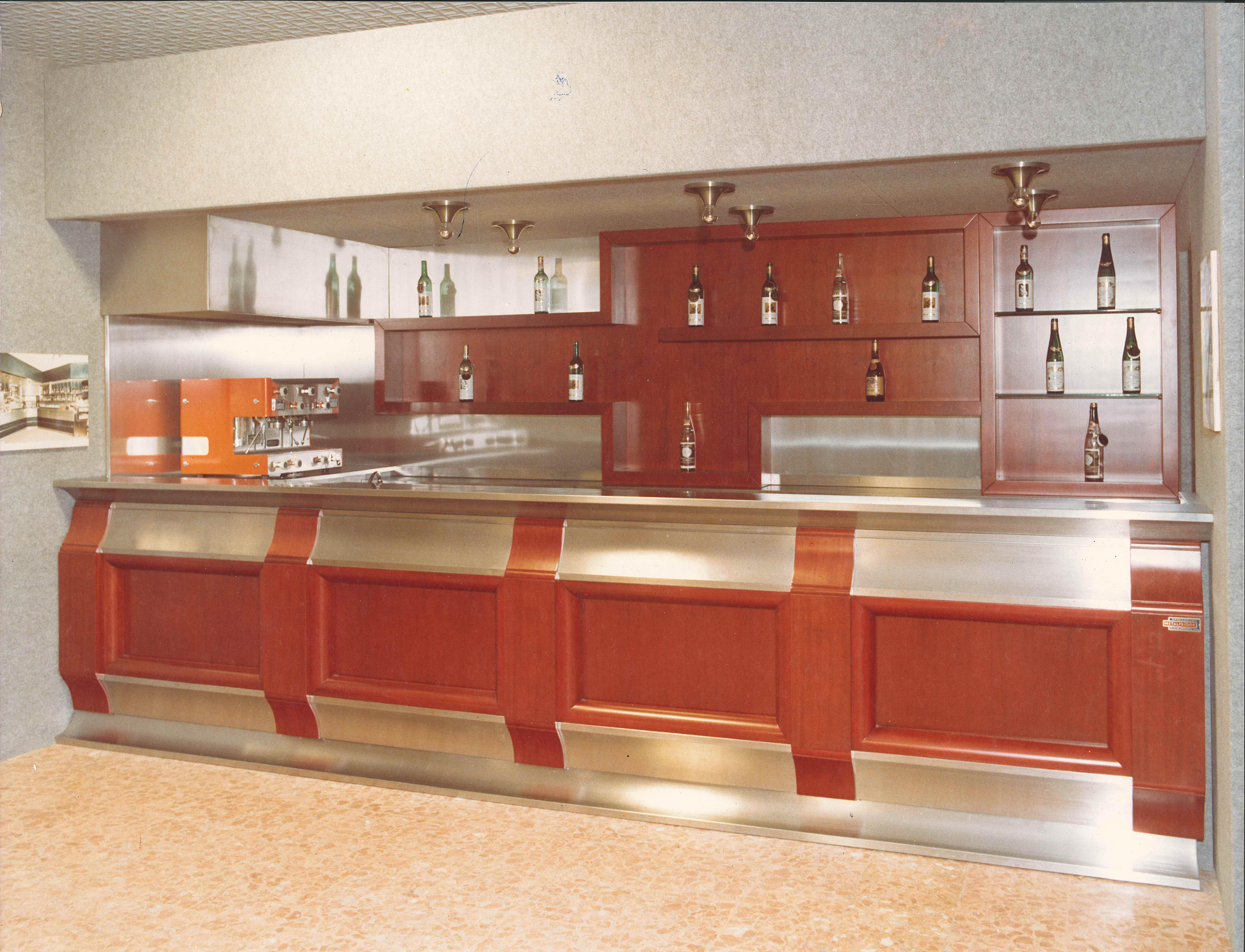 Arredamento Anni 60 Foto arredamento bar e locali da oltre 60 anni  metalfrigor